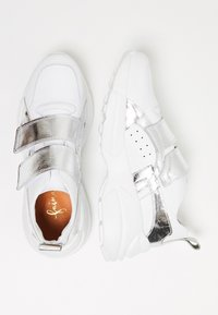 myMo - Zapatillas - white/silver