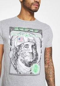 Brave Soul - FRANKLIN - Print T-shirt - light grey marl