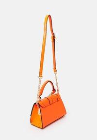 River Island - Käsilaukku - orange - 1
