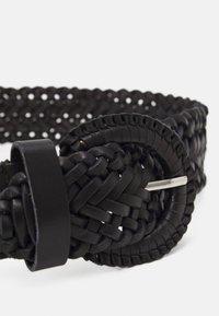Esprit - BRAIDED - Pletený pásek - black - 2