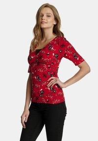 Vive Maria - Print T-shirt - rot allover - 2