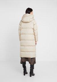 WEEKEND MaxMara - BATTAGE - Down coat - beige - 2