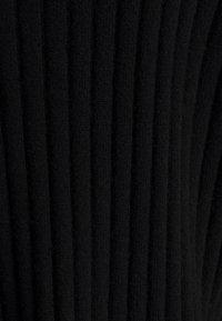 pure cashmere - TURTLENECK - Strickpullover - black - 2