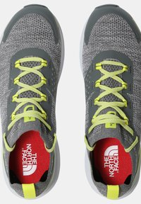 The North Face - M VECTIV ESCAPE - Hiking shoes - zincgrey sulphurspringgrn - 4