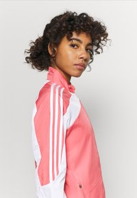 adidas Performance - MARATHON  - Chaqueta de deporte - light pink - 3