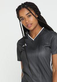 adidas Performance - TIRO 19 CLIMALITE PRIMEGREEN JERSEY - Camiseta estampada - grey/white - 3