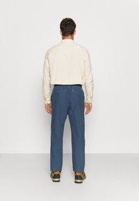 The North Face - DYE HARRISON PANT VINTAGE - Pantaloni - vintage indigo - 2
