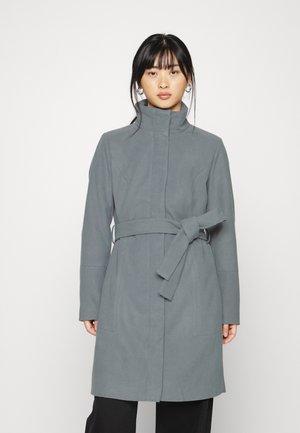 VIPOKU HIGH NECK COAT - Classic coat - medium grey melange