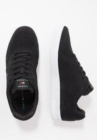 Tommy Hilfiger - LIGHTWEIGHT CUPSOLE - Sneakers basse - black - 1