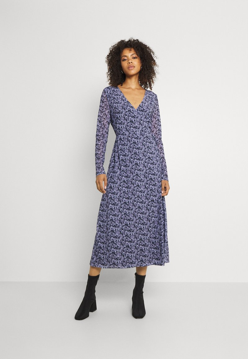 NA-KD - OVERLAP MIDI DRESS - Maxi dress - purple