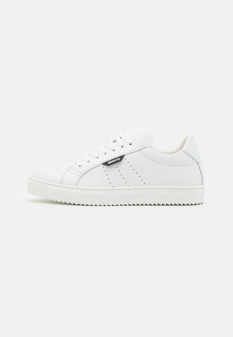 Antony Morato - DULL SPIKE AND 3D LOGO PATCH - Trainers - white