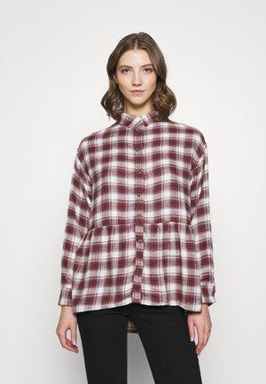 BABYDOLL PLAID - Button-down blouse - burgundy