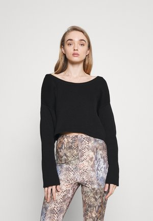 TWIST BACK CROPPED CHUNKY JUMPER - Pullover - black