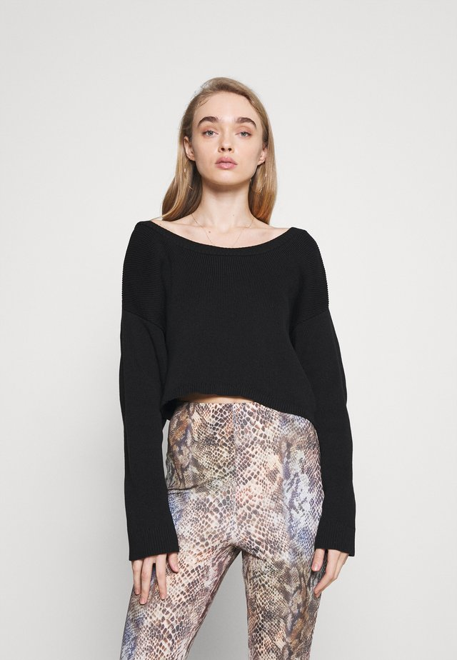TWIST BACK CROPPED CHUNKY JUMPER - Neule - black