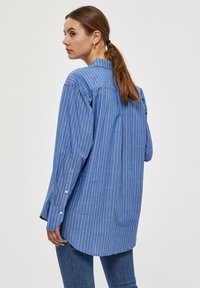 PEPPERCORN - Button-down blouse - blue fog st - 2