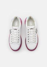 KARL LAGERFELD - KAPRI KUSHION IKONIC LACE - Sneakersy niskie - white/iridescent - 4