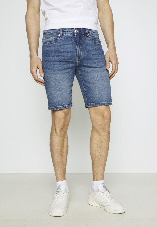 RYDER - Denim shorts - light blue denim