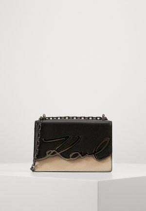 SIGNATURE SMALL SHOULDERBAG - Across body bag - multi