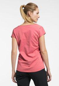 Haglöfs - FUNKTIONSSHIRT CAMP TEE - Basic T-shirt - rusty pink - 1