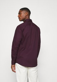 Selected Homme - SLHSLIMBROOKLYN - Formal shirt - winetasting - 2