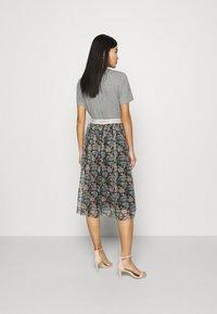 Rich & Royal - SKIRT PRINTED - A-line skirt - black - 2
