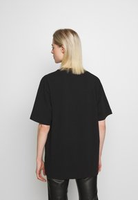 House of Holland - SMILE OVERSIZED - Print T-shirt - black - 2