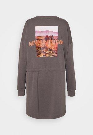 UTILITY POCKET DRESS NEVADA - Sukienka letnia - charcoal