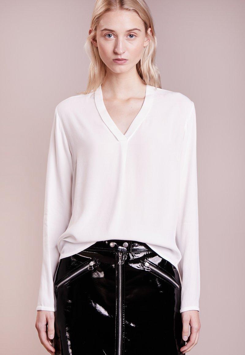 Bruuns Bazaar - LIVA  - Camicetta - white