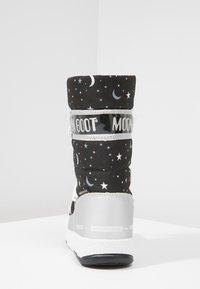 Moon Boot - UNIVERSE - Snowboot/Winterstiefel - silver/black - 4