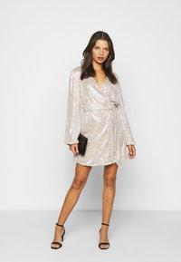 Glamorous Petite - NECK WRAP DRESS - Cocktail dress / Party dress - nude silver - 1