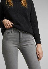 Esprit - Slim fit jeans - grey medium washed - 3