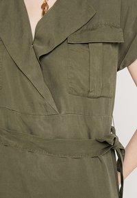 Noisy May - NMVERA ENDI DRESS - Shirt dress - olive night - 5