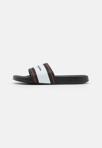 SLIDE CLEARWATER - Sandali da bagno - black