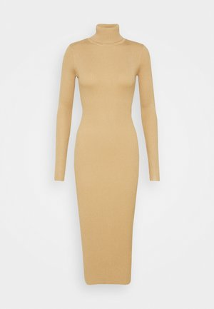 ROLL NECK KNITTED MIDI DRESS - Sukienka dzianinowa - camel
