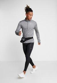 Nike Performance - PACER - Treningsskjorter -  grey - 1