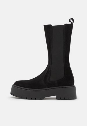VIVIANNE - Platform boots - black