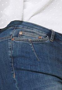 JUNAROSE - by VERO MODA - JULIVA - Straight leg jeans - medium blue denim - 3
