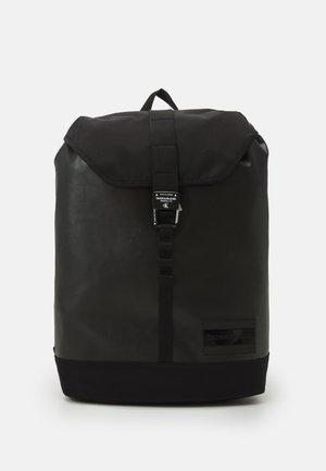FLAP - Rucksack - black