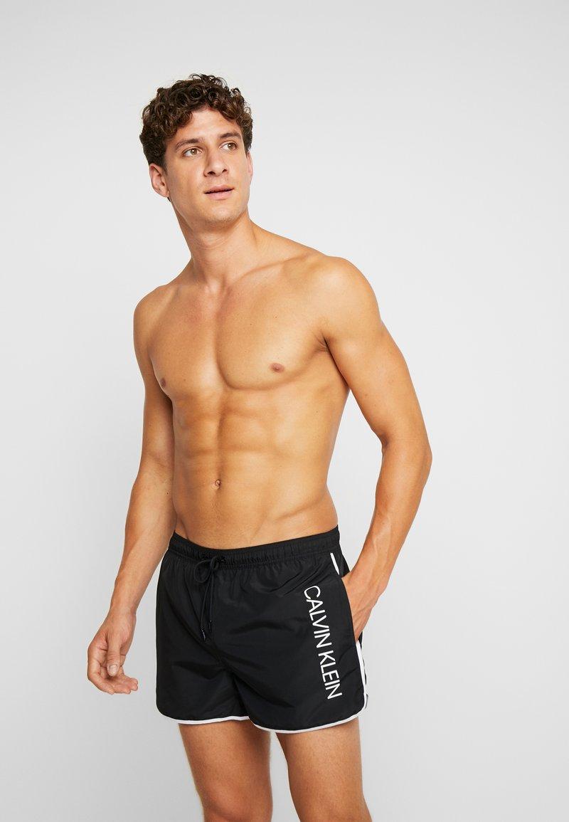 Calvin Klein Swimwear - RUNNER - Shorts da mare - black