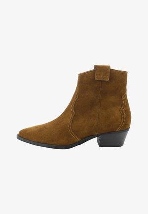 EVE - Cowboy/biker ankle boot - cognac