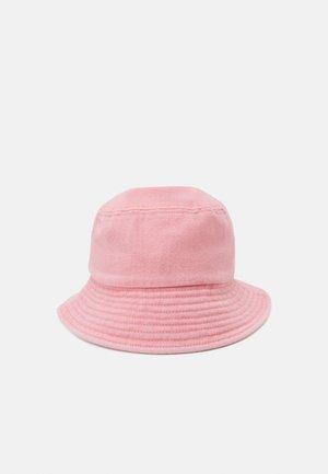 VMILLA BUCKET HAT - Hat - geranium pink