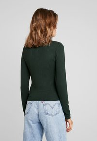 Monki - SIBYLLA - Svetr - dark green - 2