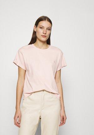 STORM - Jednoduché triko - sepiarose