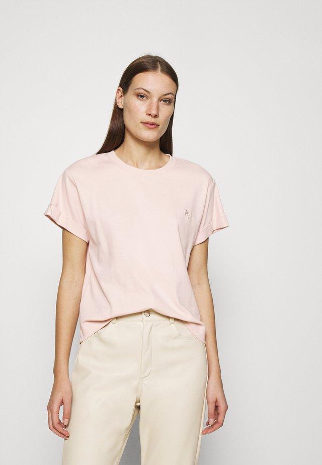 STORM - T-shirts basic - sepiarose