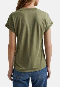 Esprit - Basic T-shirt - light khaki - 4