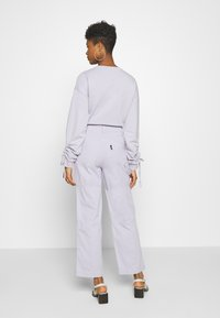 Kickers Classics - DRILL PANTS - Jeansy Relaxed Fit - lilac - 2