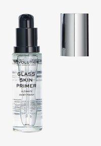 Make up Revolution - GLASS SKIN DEWY PRIMER - Primer - - - 0