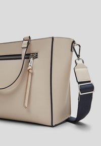 s.Oliver - Handbag - beige - 2