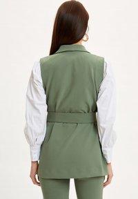 DeFacto - Waistcoat - green - 2