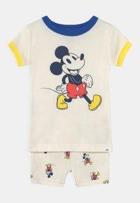 GAP - DISNEY MICKEY MOUSE TODDLER BOY - Pyjama set - dream milk - 0